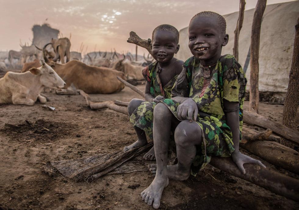 Trải nghiệm cuộc sống chăn bò của người Dinka ở Nam Sudan - Ảnh 14.