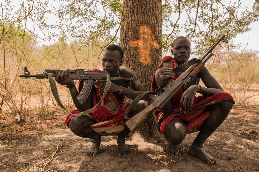 Trải nghiệm cuộc sống chăn bò của người Dinka ở Nam Sudan - Ảnh 3.