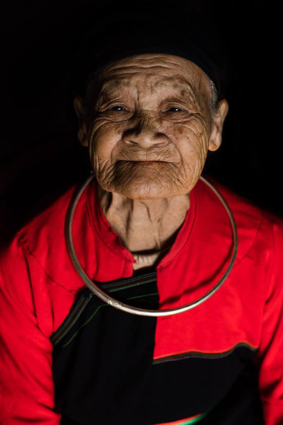 Nhiếp ảnh gia Pháp được vinh danh khi tôn vinh văn hóa Việt - Ảnh 14.