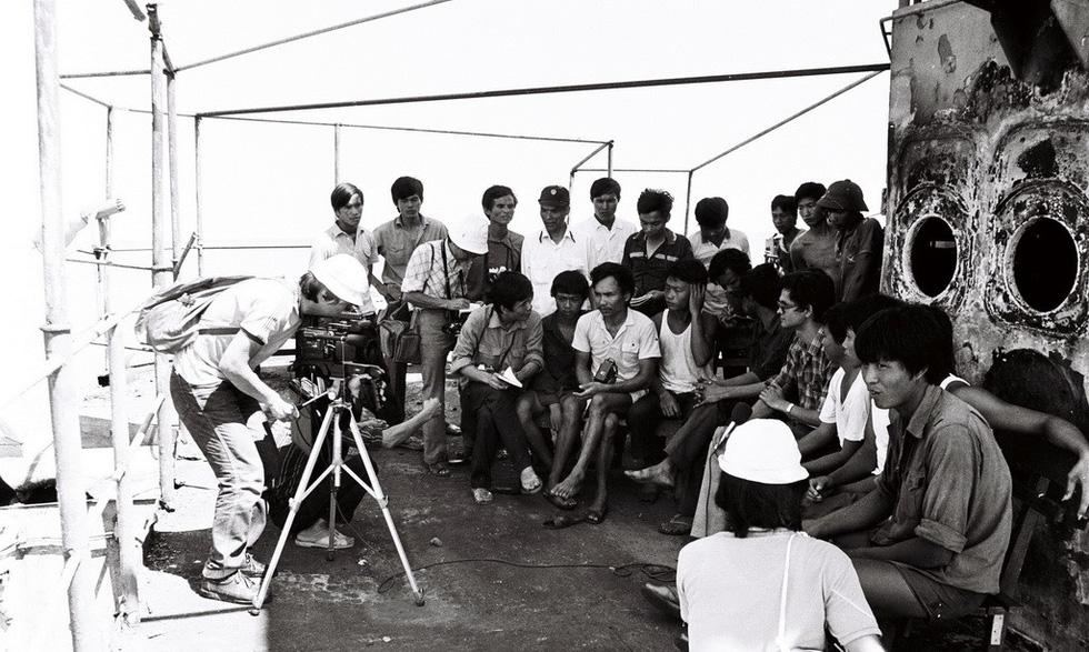 Chuyến tác nghiệp nhớ đời sau thảm sát Gạc Ma - Ảnh 2.