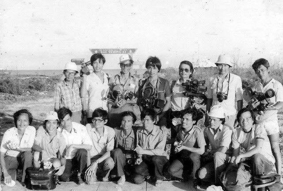 Chuyến tác nghiệp nhớ đời sau thảm sát Gạc Ma - Ảnh 4.