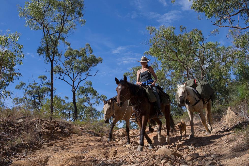 Người phụ nữ chinh phục tuyến đường mòn dài nhất Úc - Ảnh 7.