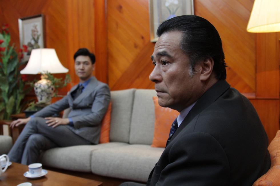 Phim Việt trượt khỏi giờ vàng: Yếu thế với những show giải trí khác - Ảnh 3.