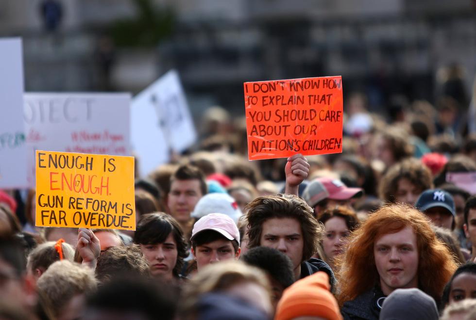Thế giới trong tuần qua ảnh: Học sinh Mỹ bao vây Nhà Trắng, Quốc hội - Ảnh 3.
