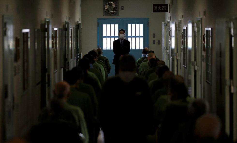 Người già Nhật Bản chọn nhà tù làm nơi an cư - Ảnh 1.