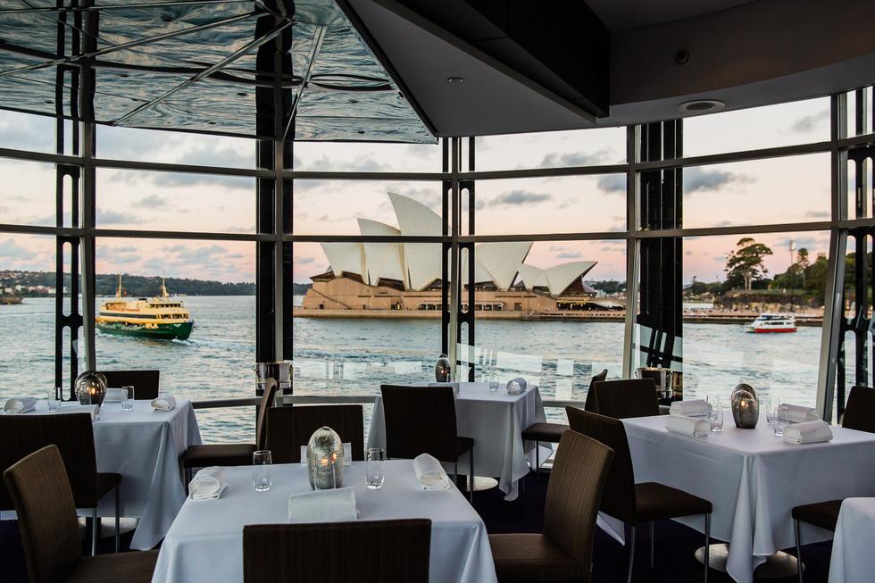 10 nhà hàng view đẹp đến mức khách quên cả ăn - Ảnh 8.