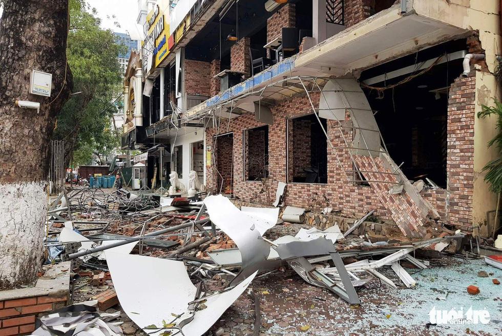 Quán nướng tan hoang sau vụ nổ gas như bom trong đêm - Ảnh 4.