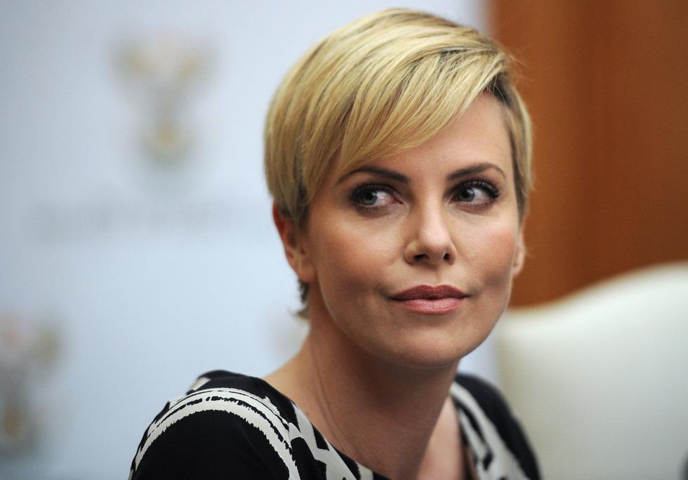 Charlize Theron - viên ngọc quý Nam Phi của Hollywood - Ảnh 7.