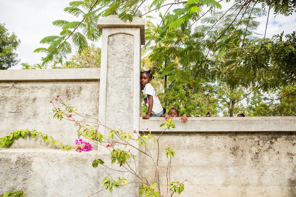 Những hình ảnh sống động từ Haiti - Ảnh 12.