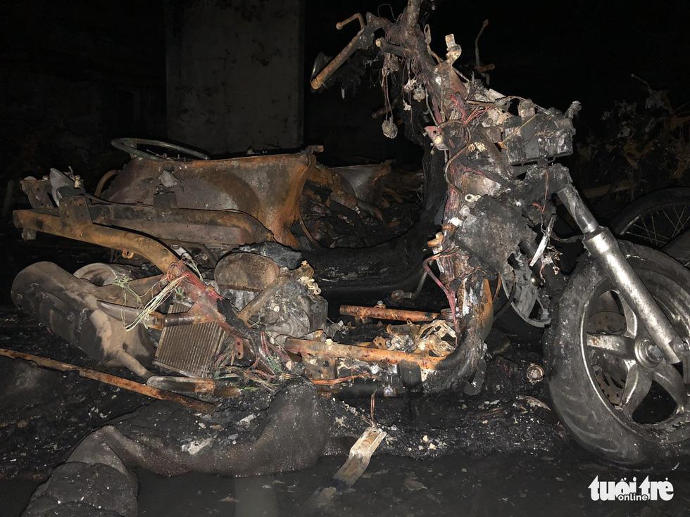 Hiện trường vụ cháy thảm khốc ở chung cư Carina - Ảnh 25.