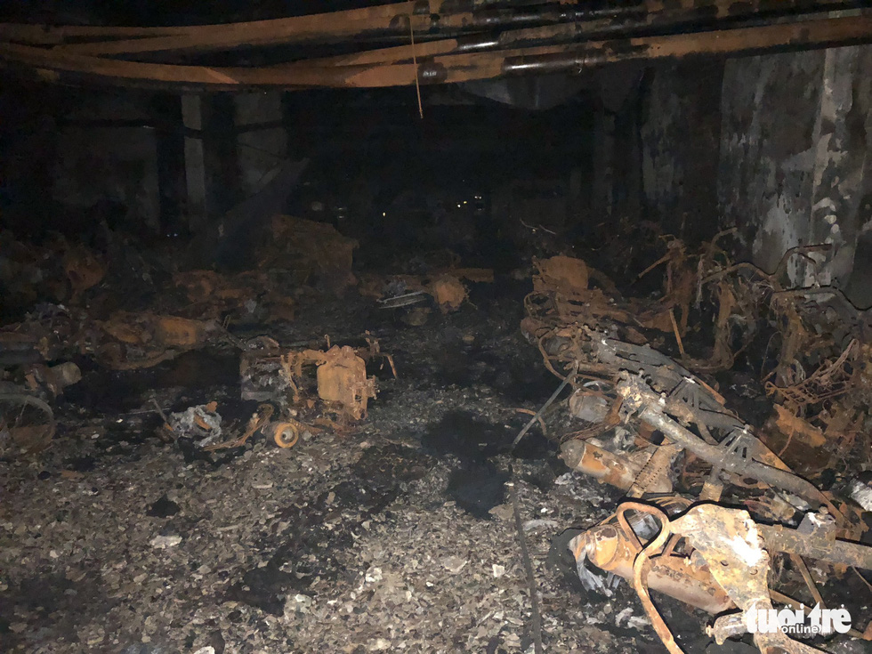 Hiện trường vụ cháy thảm khốc ở chung cư Carina - Ảnh 24.