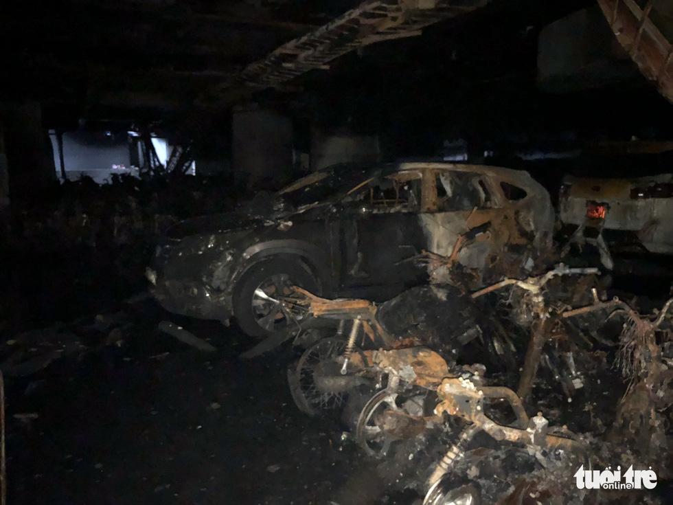 Hiện trường vụ cháy thảm khốc ở chung cư Carina - Ảnh 20.