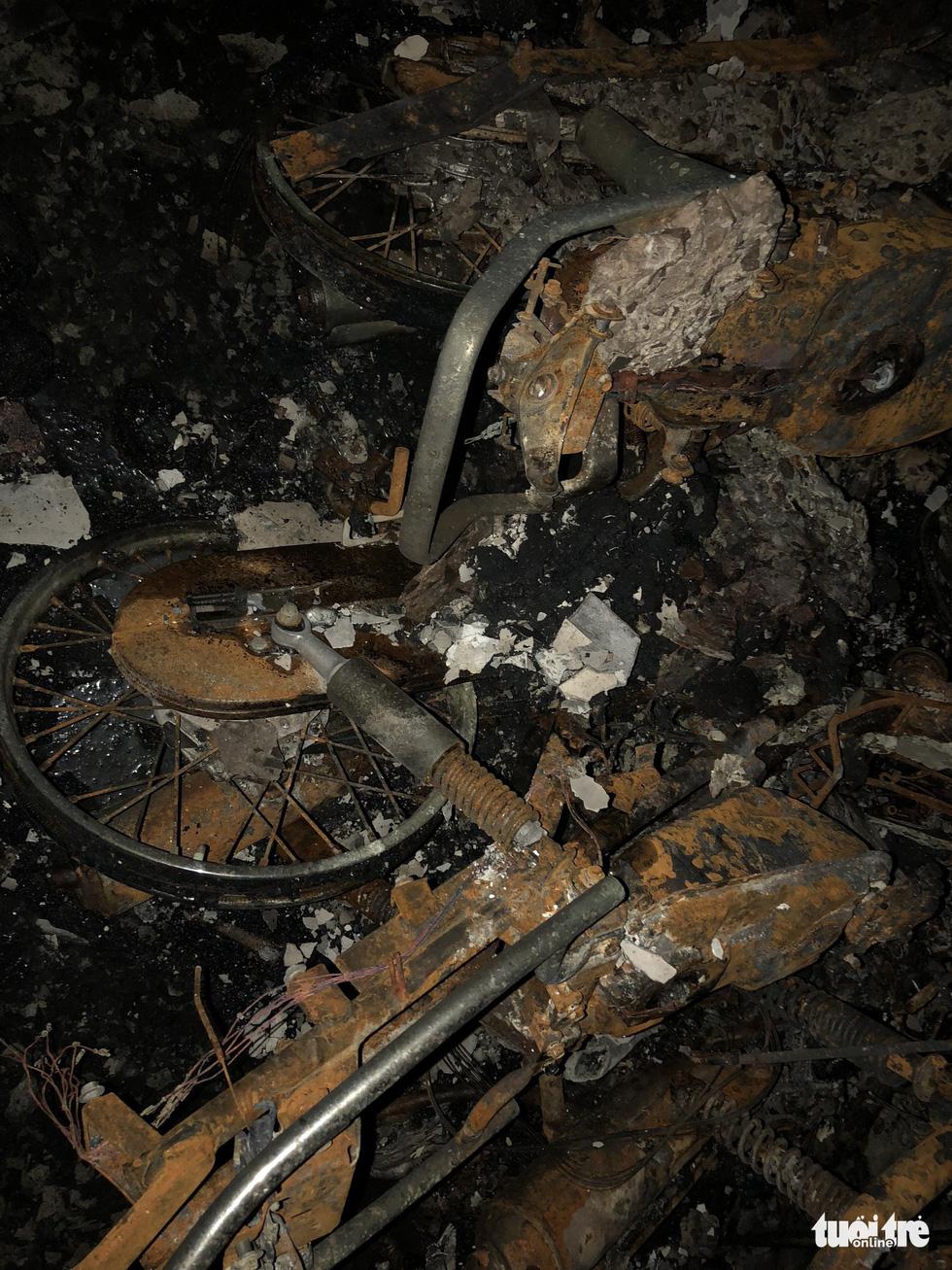 Hiện trường vụ cháy thảm khốc ở chung cư Carina - Ảnh 19.