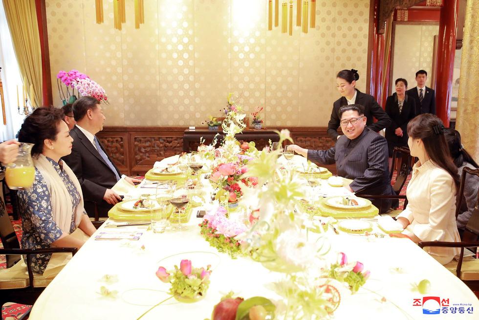 Hình ảnh chuyến thăm lịch sử của ông Kim Jong Un tại Trung Quốc - Ảnh 19.