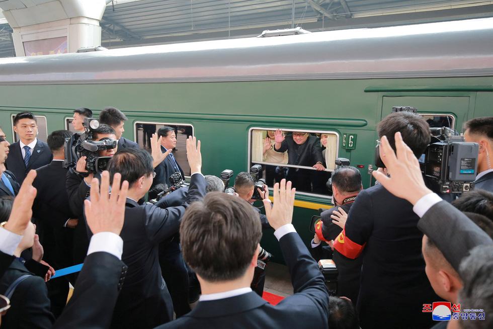 Hình ảnh chuyến thăm lịch sử của ông Kim Jong Un tại Trung Quốc - Ảnh 20.