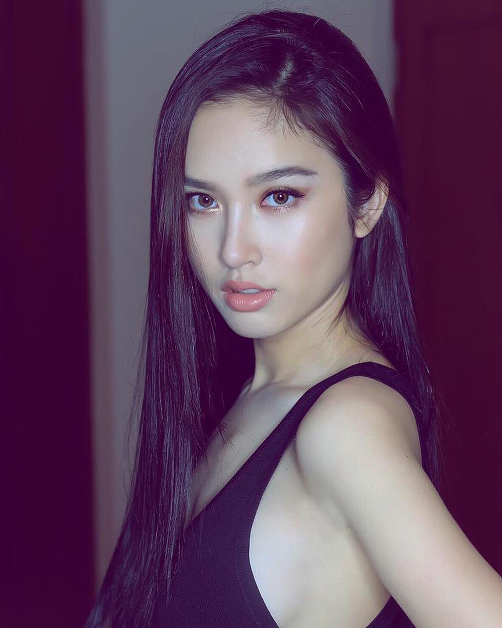 Nhan sắc hút hồn của mỹ nhân chuyển giới đẹp nhất Thái Lan - Ảnh 6.