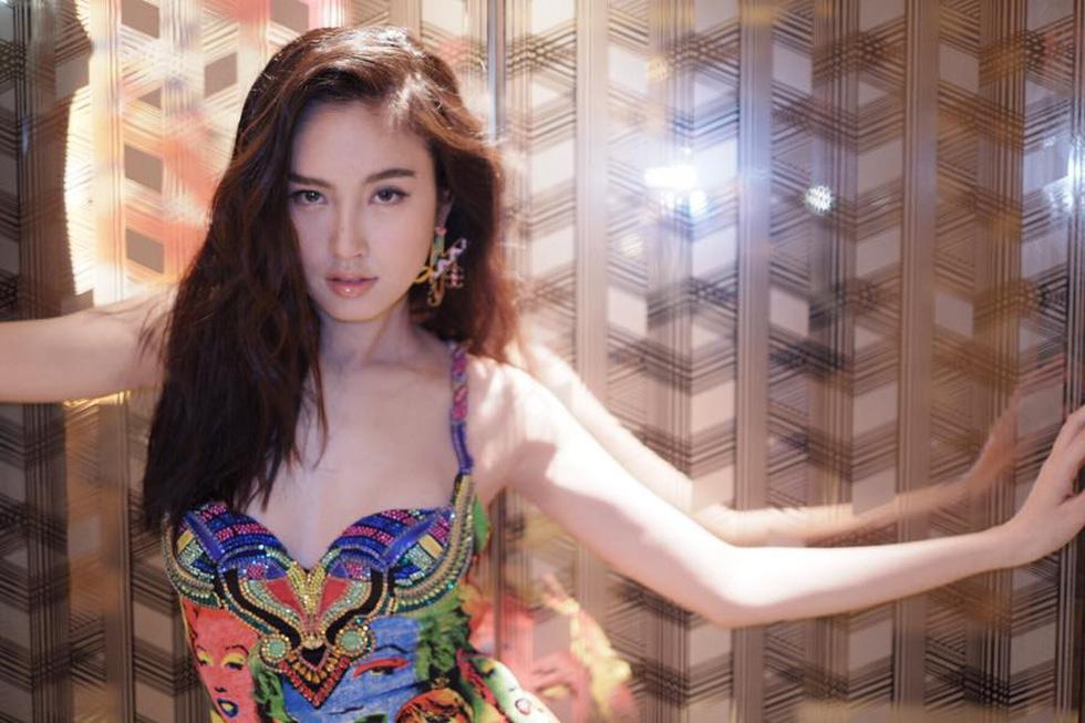 Nhan sắc hút hồn của mỹ nhân chuyển giới đẹp nhất Thái Lan - Ảnh 13.