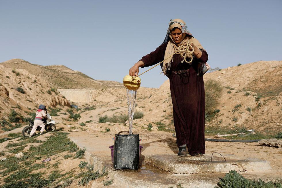 Cuộc sống của các gia đình dưới lòng đất ở Tunisia - Ảnh 12.