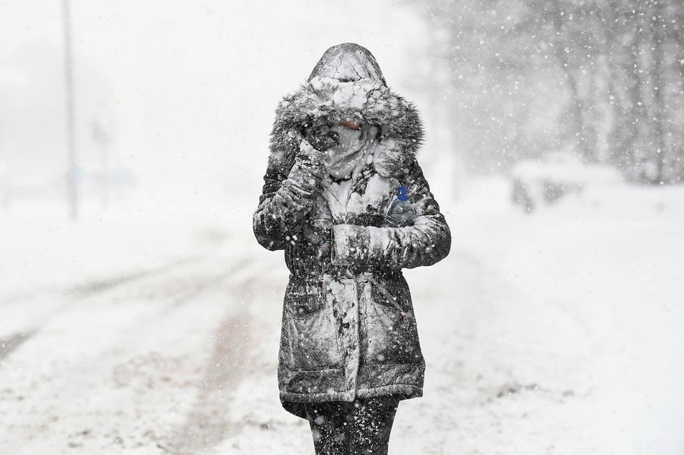 Thế giới trong tuần qua ảnh: tuyết rơi trắng trời châu Âu - Ảnh 3.