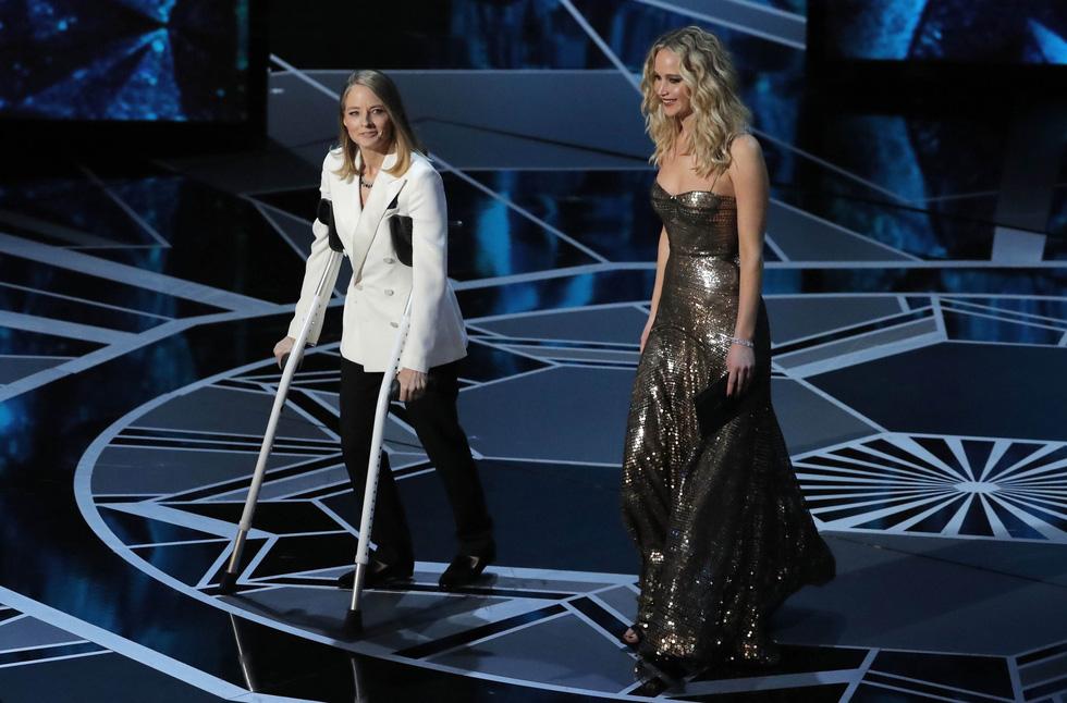Những tên tuổi nổi tiếng đến Oscar lần thứ 90 để trao giải  - Ảnh 10.