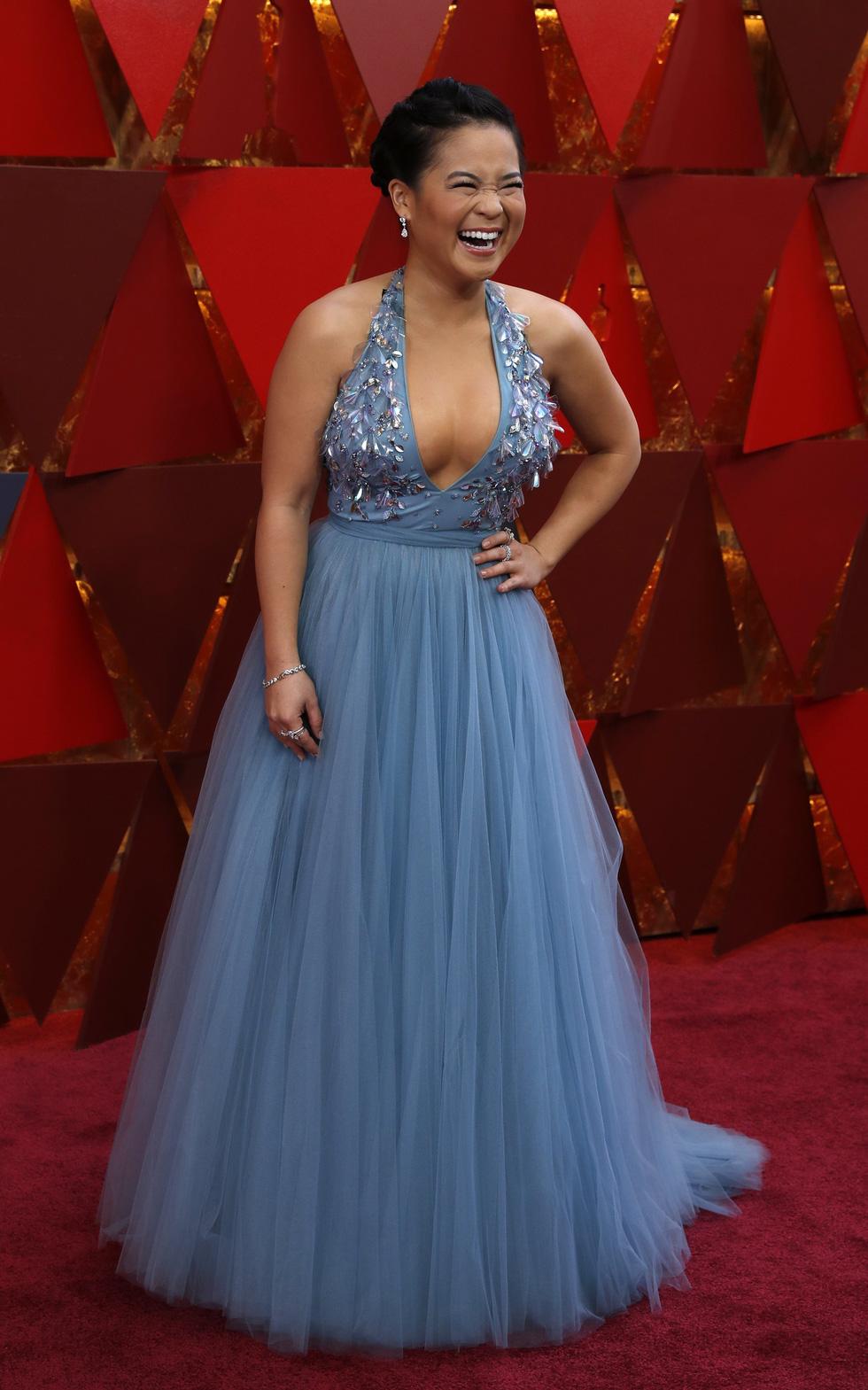 Oscar lần thứ 90 bắt đầu bằng thảm đỏ rực sắc màu - Ảnh 11.