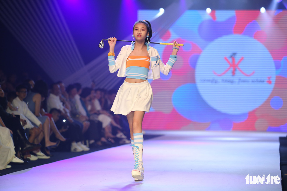 Ngọc Hân thiết kế, cùng Đỗ Mỹ Linh trình diễn thời trang trẻ em - Ảnh 21.
