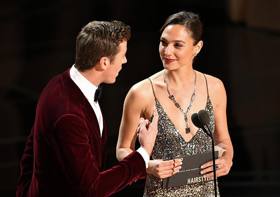 Những tên tuổi nổi tiếng đến Oscar lần thứ 90 để trao giải  - Ảnh 3.