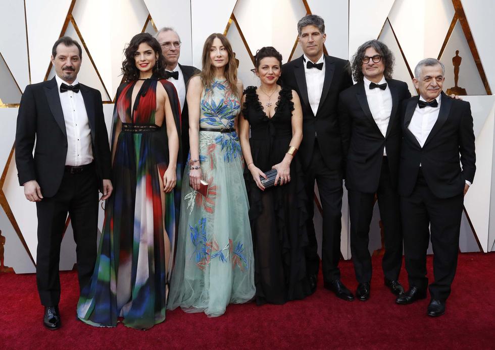 Oscar lần thứ 90 bắt đầu bằng thảm đỏ rực sắc màu - Ảnh 5.