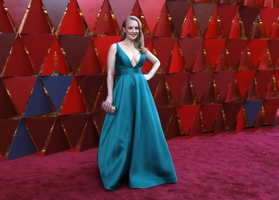 Oscar lần thứ 90 bắt đầu bằng thảm đỏ rực sắc màu - Ảnh 12.