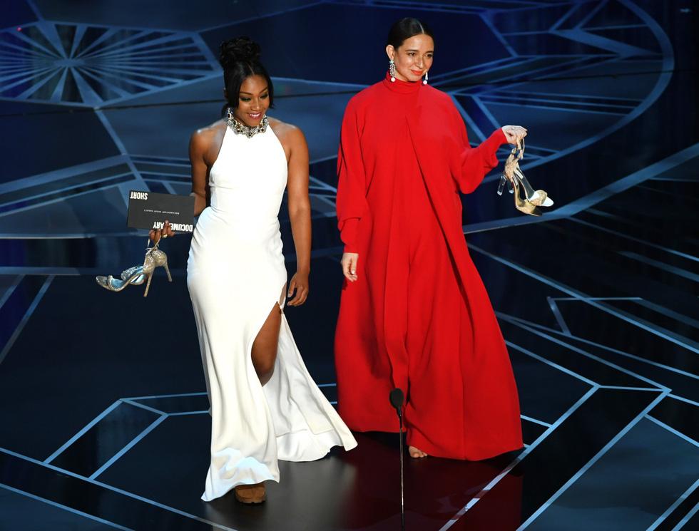 Những điều chưa biết về thảm đỏ Oscar lần thứ 90 - Ảnh 9.
