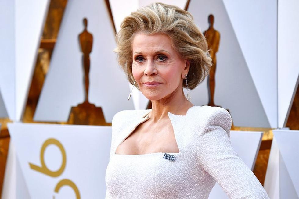 Những điều chưa biết về thảm đỏ Oscar lần thứ 90 - Ảnh 2.