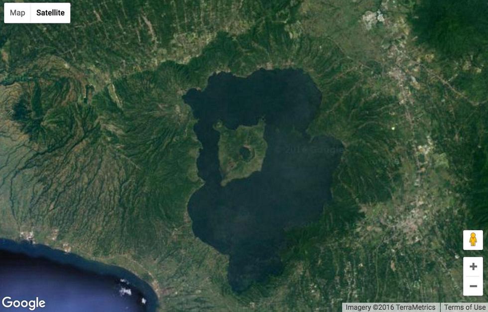 24 ảnh đảm bảo độc lạ từ Google Earth - Ảnh 2.