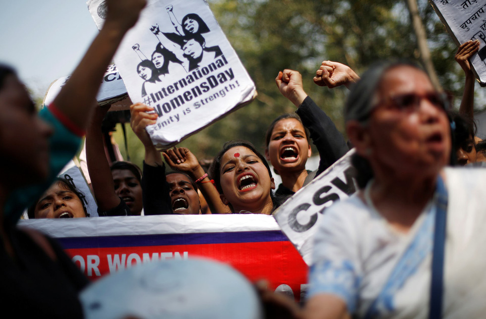 Thế giới mừng ngày Quốc tế Phụ nữ - Ảnh 2.