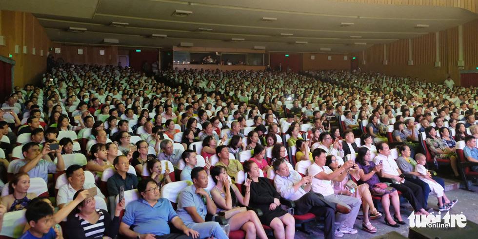 Người tình mùa đông Như Quỳnh đốt nóng hơn 2.000 khán giả - Ảnh 14.