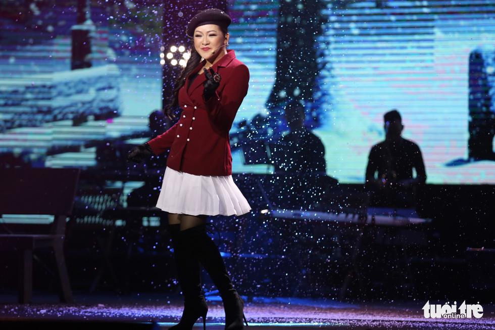 Người tình mùa đông Như Quỳnh đốt nóng hơn 2.000 khán giả - Ảnh 7.