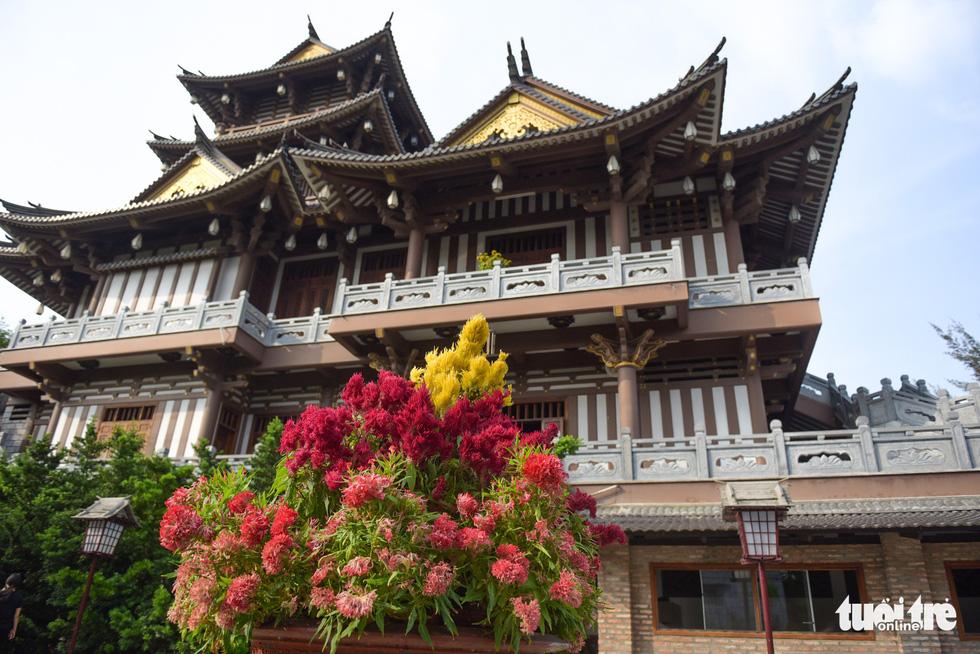 Tu viện với phong cách Nhật Bản tại Sài Gòn - Ảnh 2.