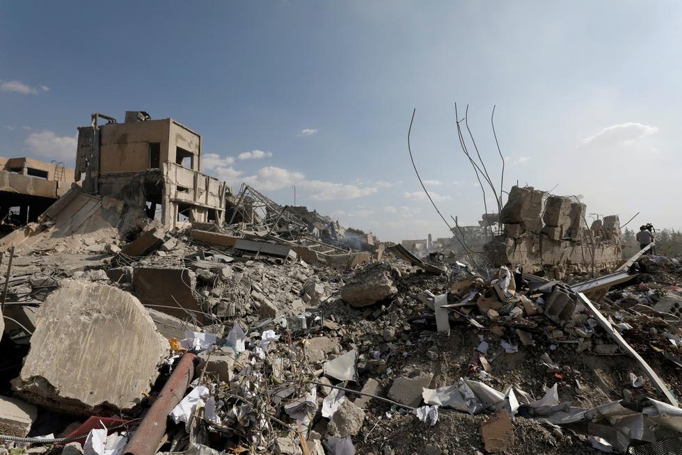 Thế giới trong tuần qua ảnh: Mỹ không kích Syria nhưng thế giới thì vẫn đa sắc màu - Ảnh 3.