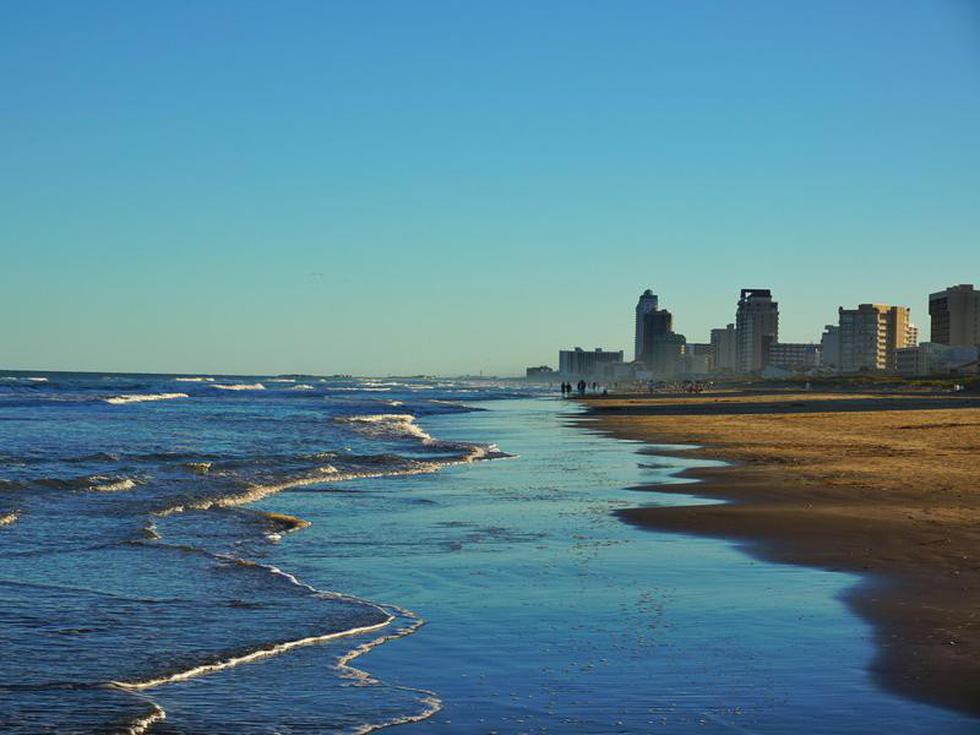10 bãi biển cho khách tắm tiên ở Mỹ - Ảnh 3.
