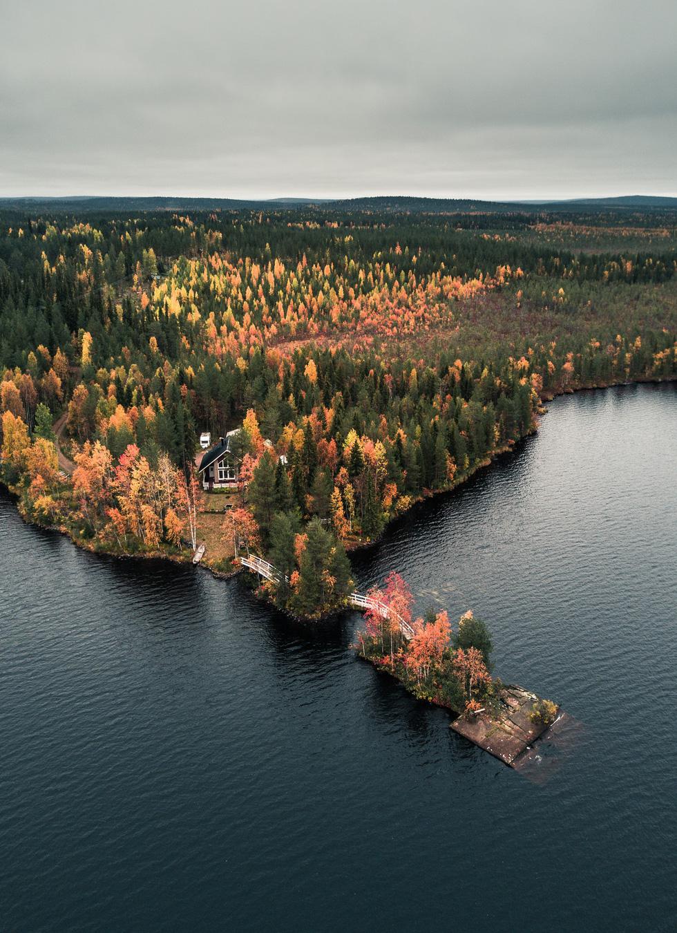 Đảo 'bốn mùa' Phần Lan đẹp mê hồn nhìn từ trên cao - Ảnh 5.