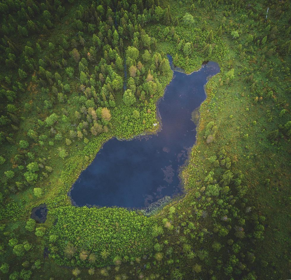 Đảo 'bốn mùa' Phần Lan đẹp mê hồn nhìn từ trên cao - Ảnh 6.