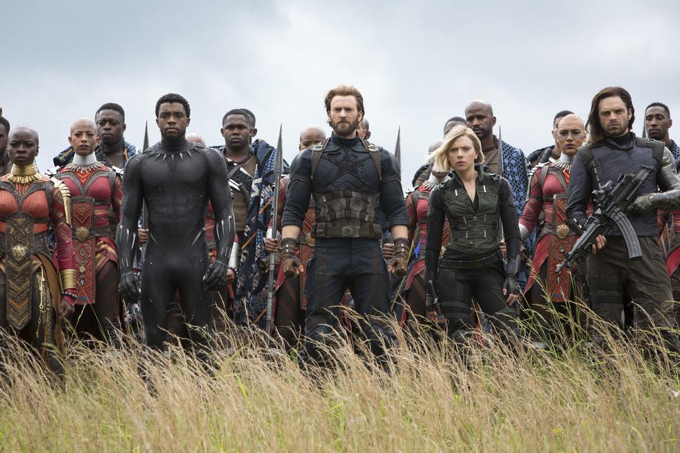 The Avengers Infinity war: trận chiến tàn bạo của 70 siêu anh hùng - Ảnh 1.