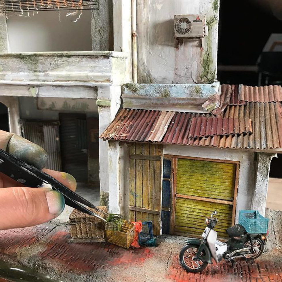 Đi ngược thời gian bằng mô hình siêu nhỏ của nghệ nhân Malaysia - Ảnh 3.