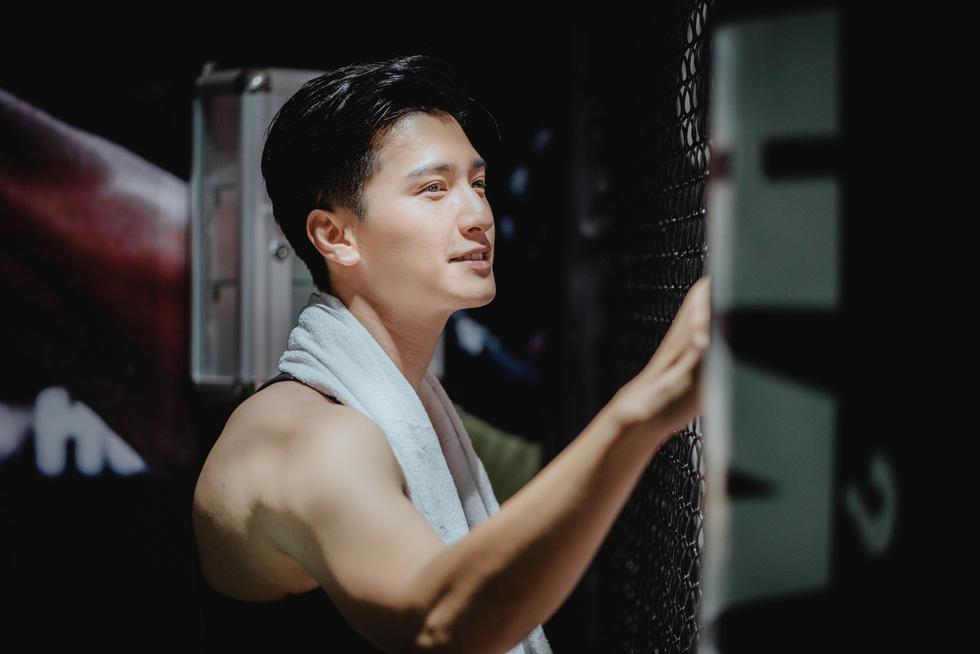 Huỳnh Anh: Tôi nghĩ làm phim đơn giản như tán gái - Ảnh 6.