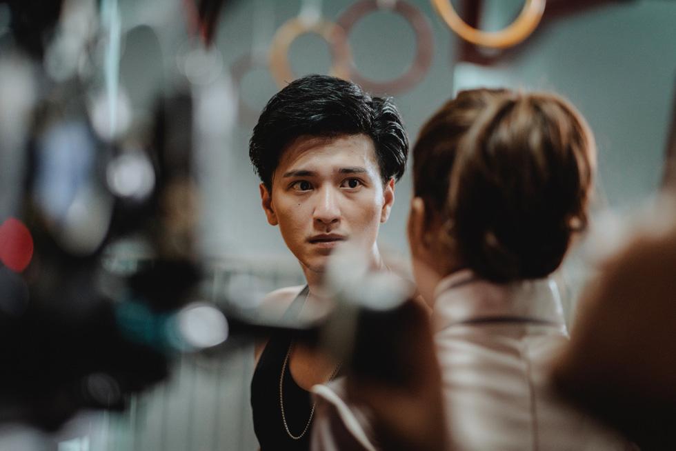 Huỳnh Anh: Tôi nghĩ làm phim đơn giản như tán gái - Ảnh 7.