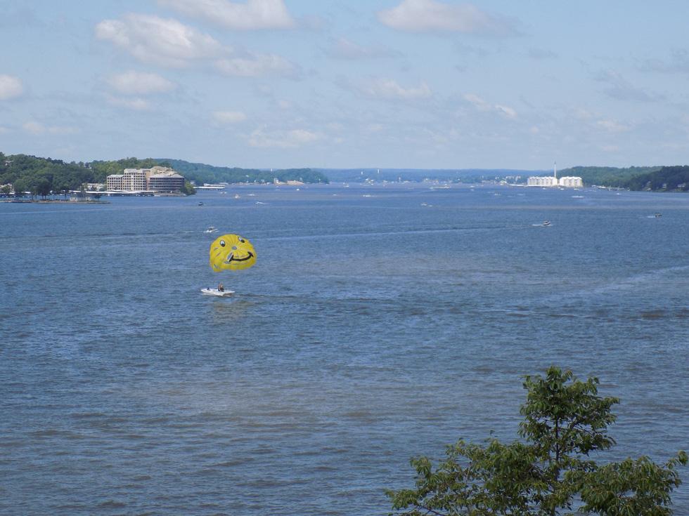 Khám phá sông hồ nước Mỹ - Ảnh 11.
