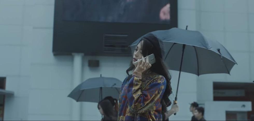 MV của Soobin, Chi Pu, Tóc Tiên, Hari Won... không hiểu sao mà hot? - Ảnh 3.