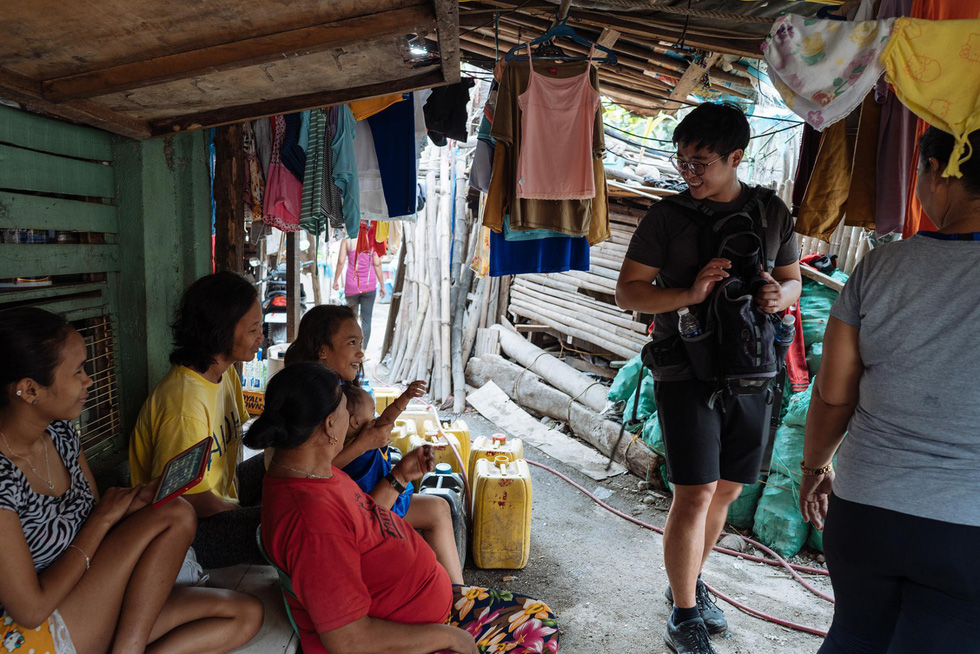 Tranh cãi về tour du lịch xem dân nghèo sống ra sao - Ảnh 9.