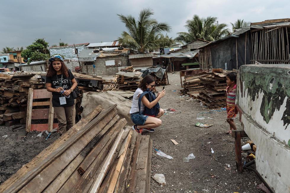 Tranh cãi về tour du lịch xem dân nghèo sống ra sao - Ảnh 11.