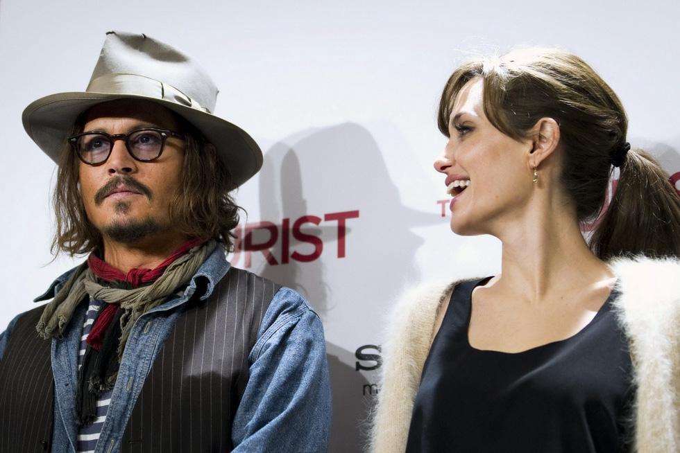 Brad Pitt và Angelina Jolie: 12 năm hội ngộ rồi chia ly... - Ảnh 16.