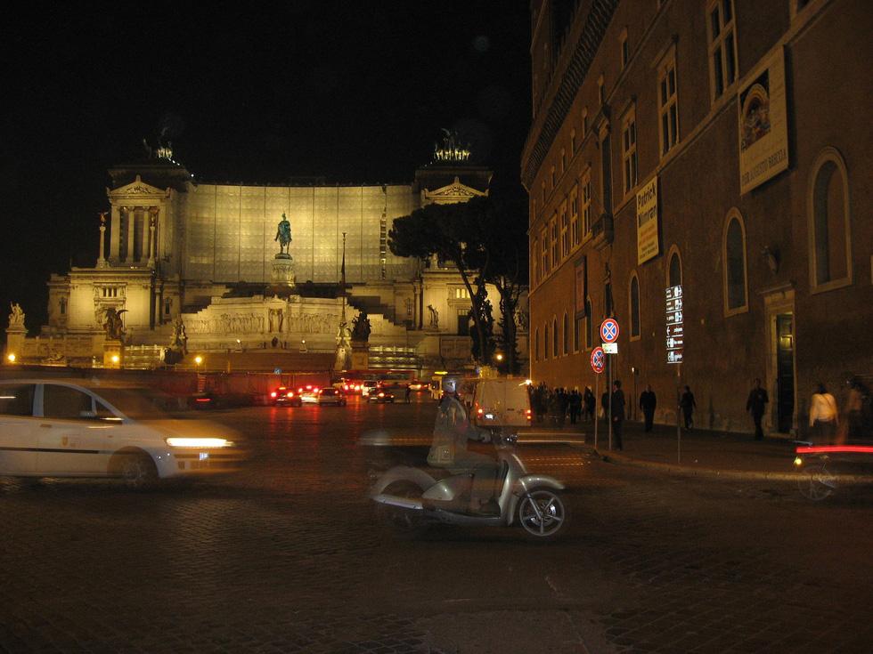 Mọi con đường đều dẫn đến Roma - Ảnh 9.